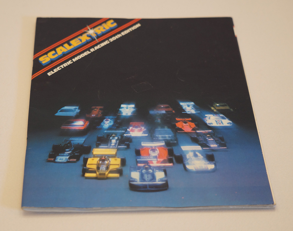 Catalogie Scalextric 2000