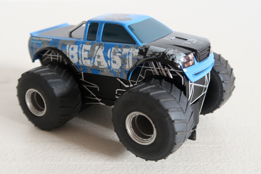 Scalextric Monster Truck Beast